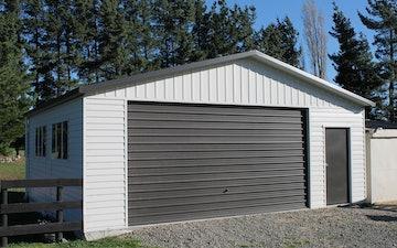 Large Garages Extra Spaces Buildings Versatile
