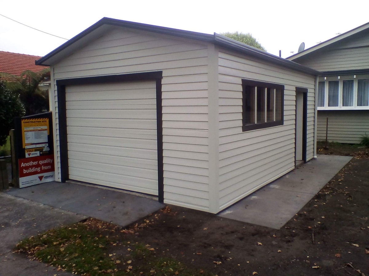 Single Garages Buildings Versatile