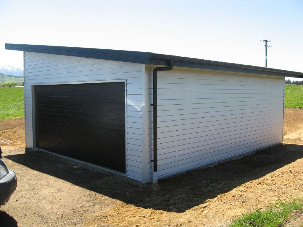 Mono pitch 7.2m x 6.0m wide versaclad zinc cladding Ebony colour roof Hardies soffits 8 deg roof pitch