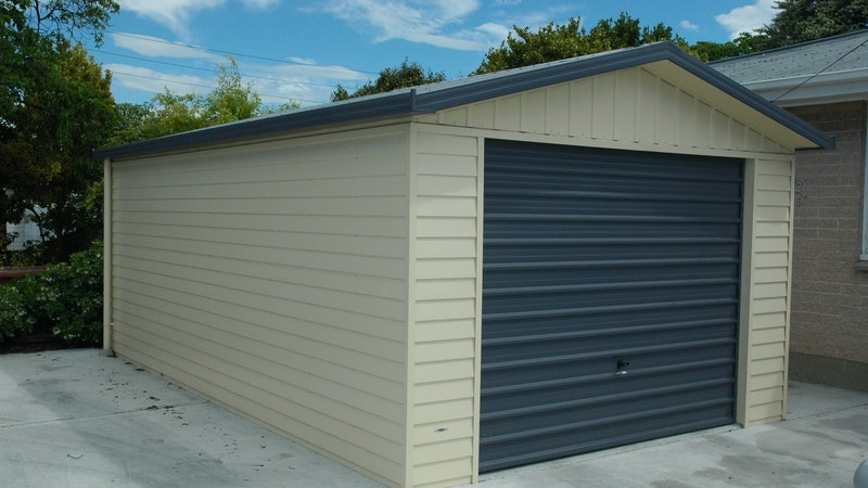 Single garages buildings versatile for Versatile garages
